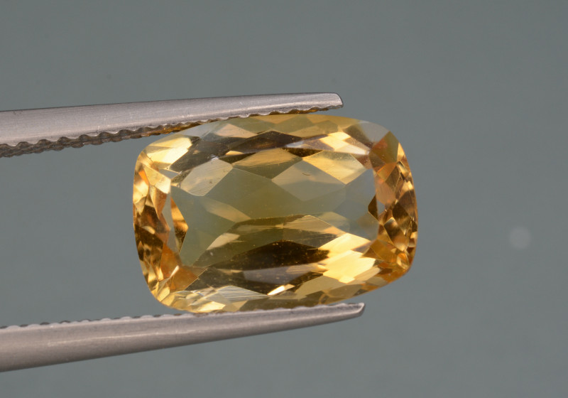 Natural Citrine  3.70   Cts, Top Quality Gemstone