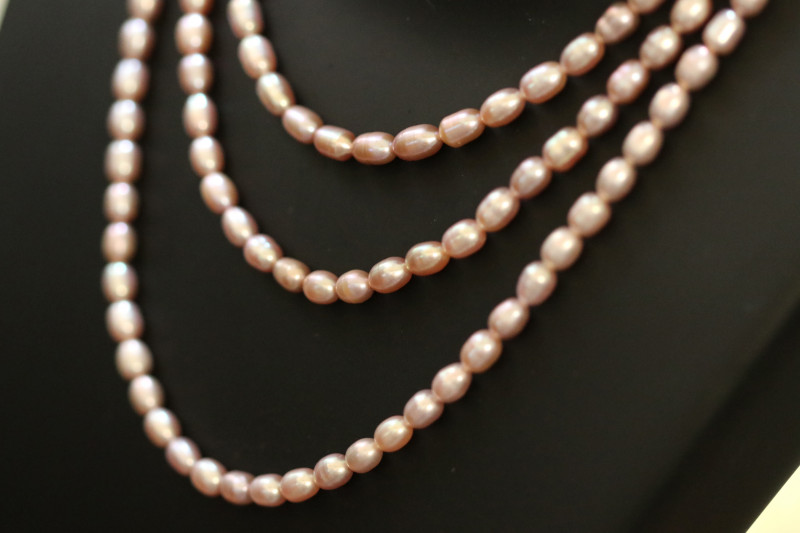 195 ctst Set of 3 Oval Natural Pink luster Pearl strand. GOGO 1311