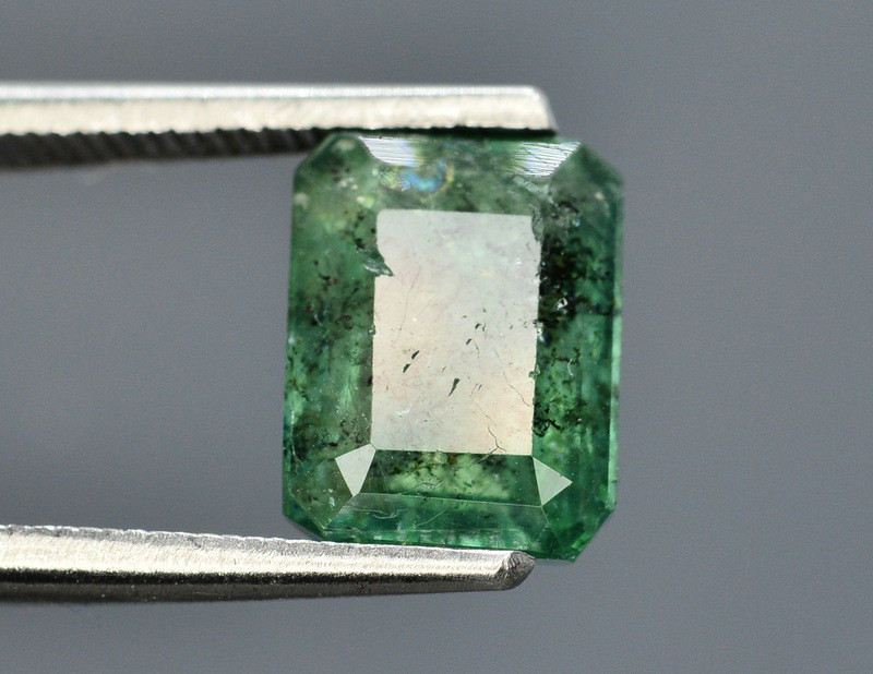 HGTL ~ Certified 2.58 Ct Top Quality Natural  Emerald