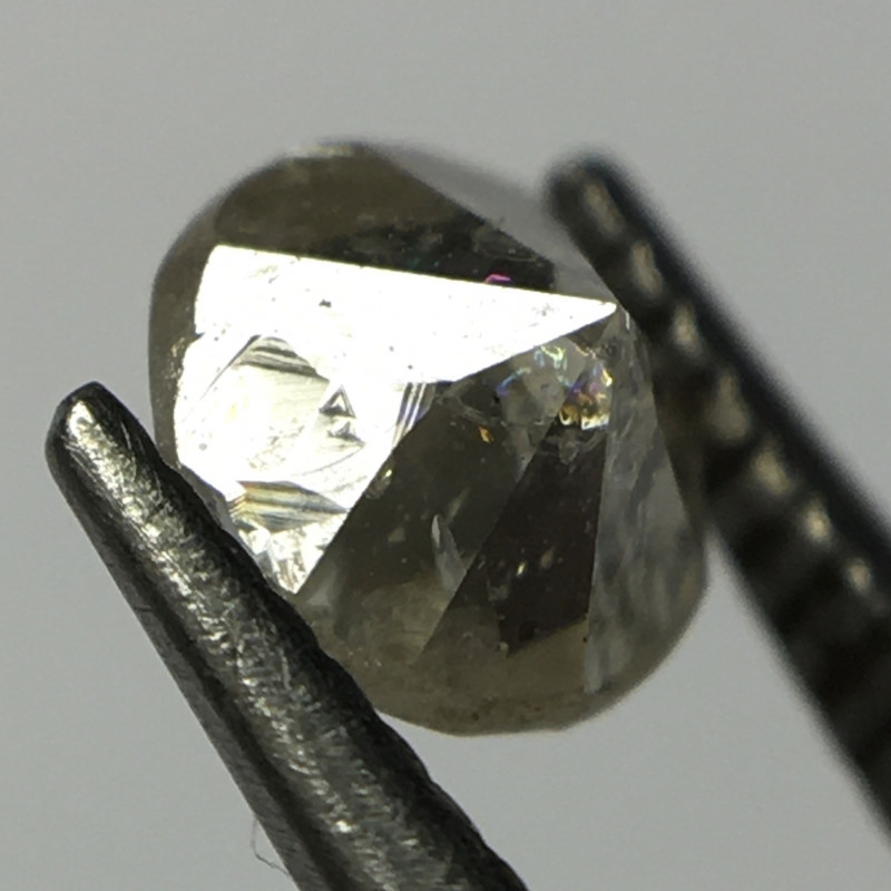 Trigons Alert! 0.27 Carat Cape Pique Single Cut Round Diamond