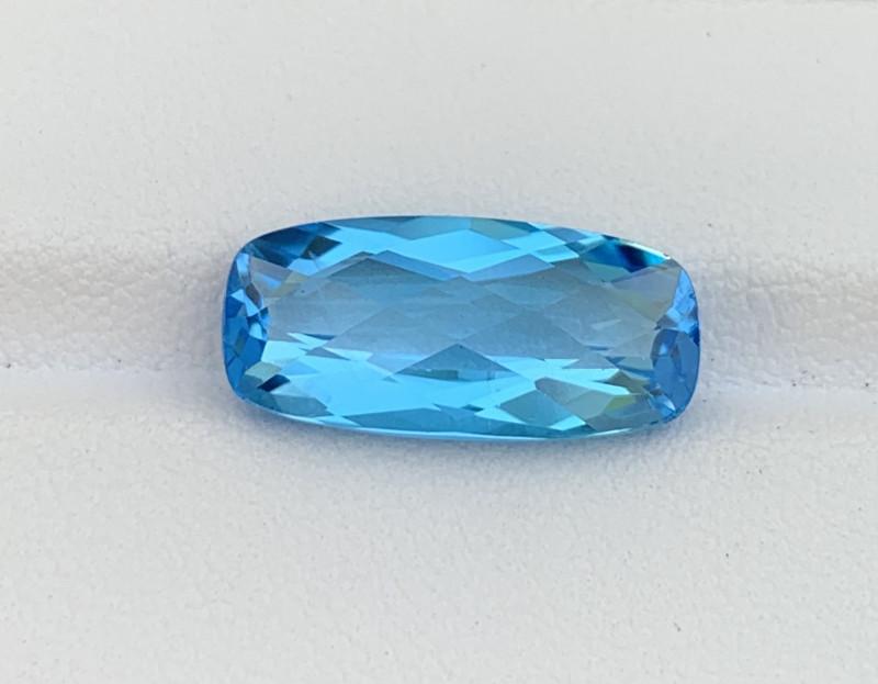 8.09 Cts Natural Blue Topaz Gemstone Good Luster