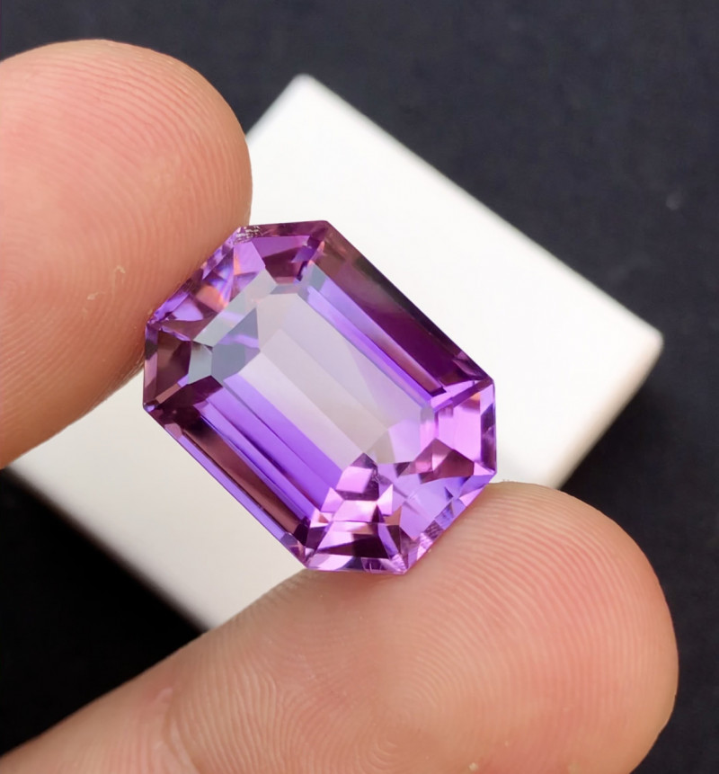 14.70 Ct Gorgeous Color Natural Amethyst Amethyst Faceted Amethyst Unique