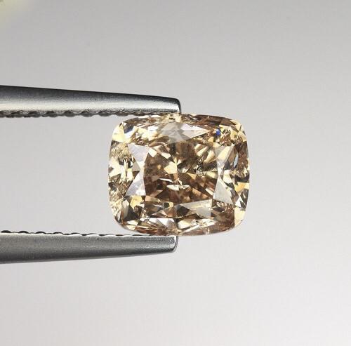 1.86 Carats Natural Diamond