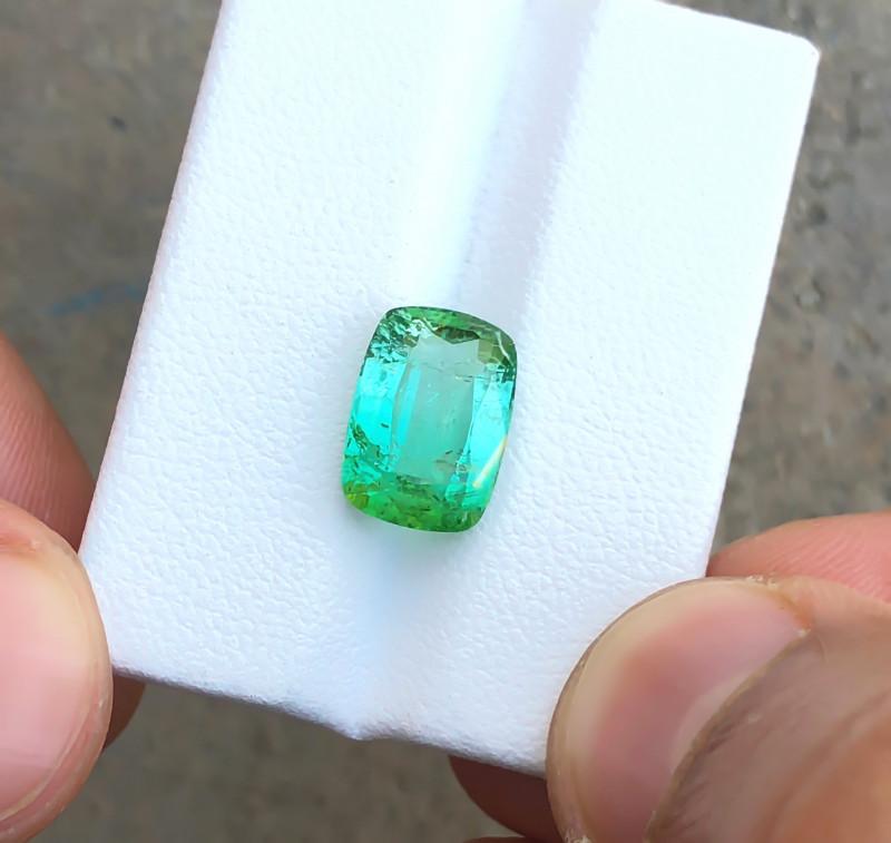 HGTL CERTIFIED 4.63 Ct Natural Blueish Green Transparent Tourmaline Gemston