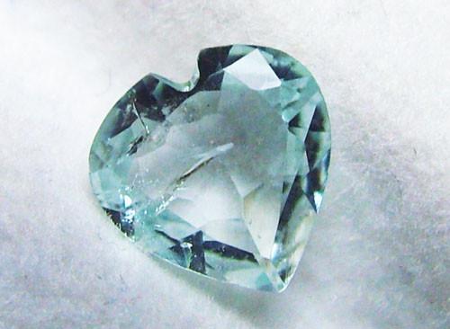 AQUAMARINE HEART  0.95CTS ADG-780