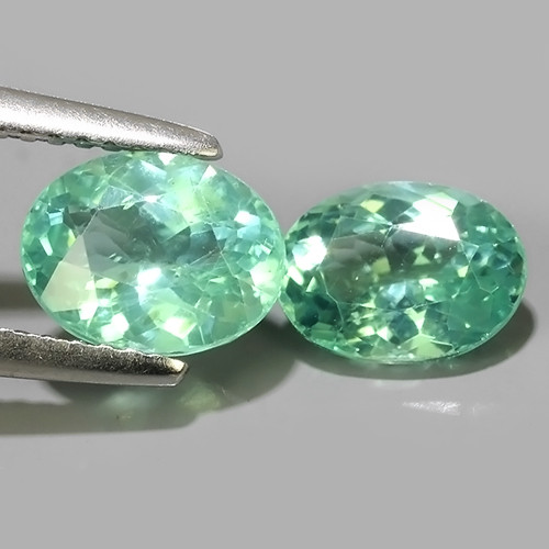 2.60 cts~Surprising Oval Outstanding Unheated Natural Apatite Green!