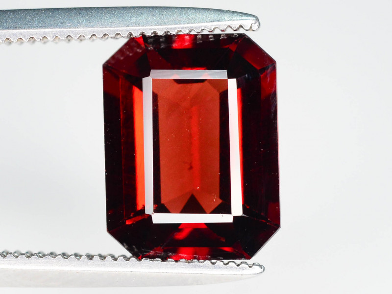 Open Color 3.05 ct  Red Garnet best For Jewelry