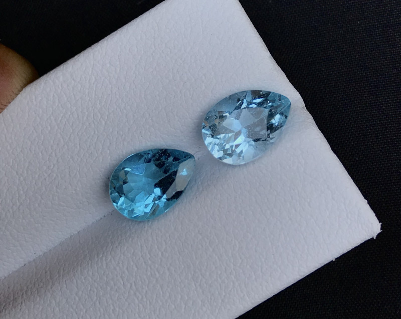 Sky Blue 4.75 ct Natural Topaz ~ Swiss pair A.Q,