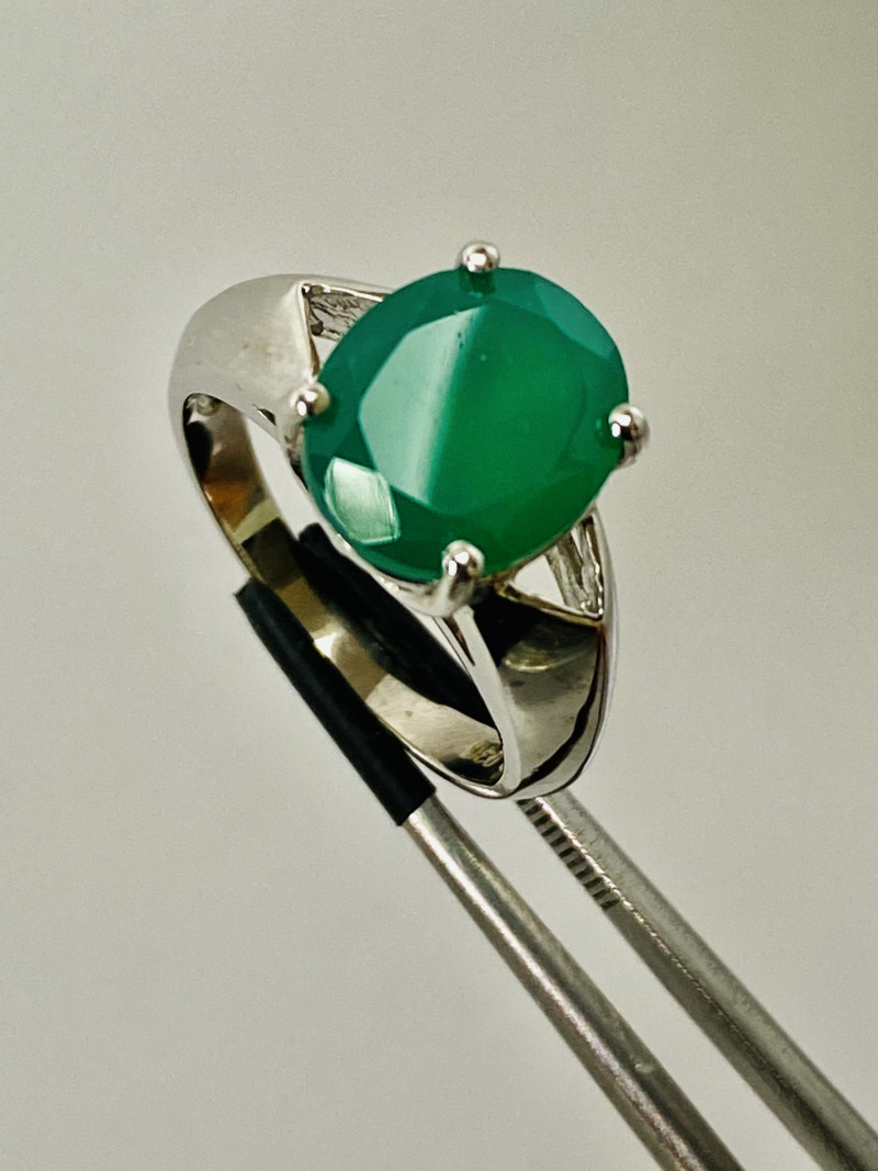 CHALCEDON-BEAUTIFUL GREEN: RING , SILVER GOLD PLATED- FROM COLLECTOR- UNUSE
