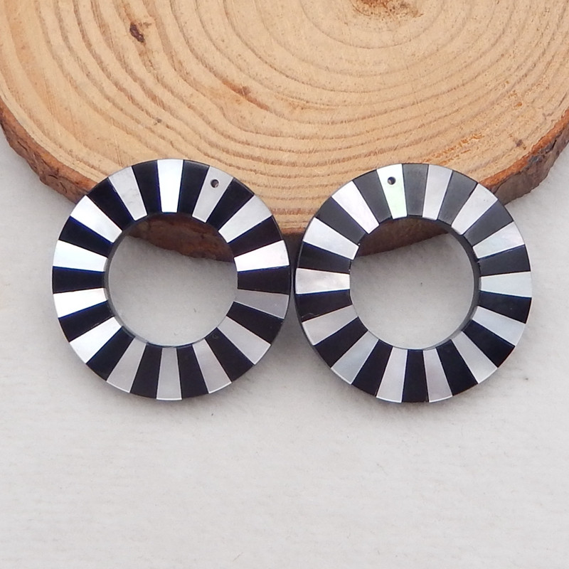 61.5cts fashion natural shell and obsidian intarsia earrings bead pair i029