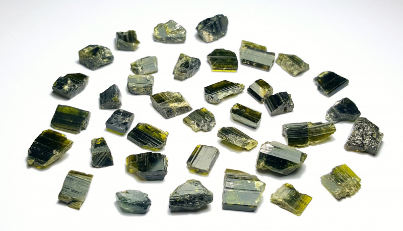 Amazing Natural color gemmy quality rough Epidote lot 100Cts-GN99