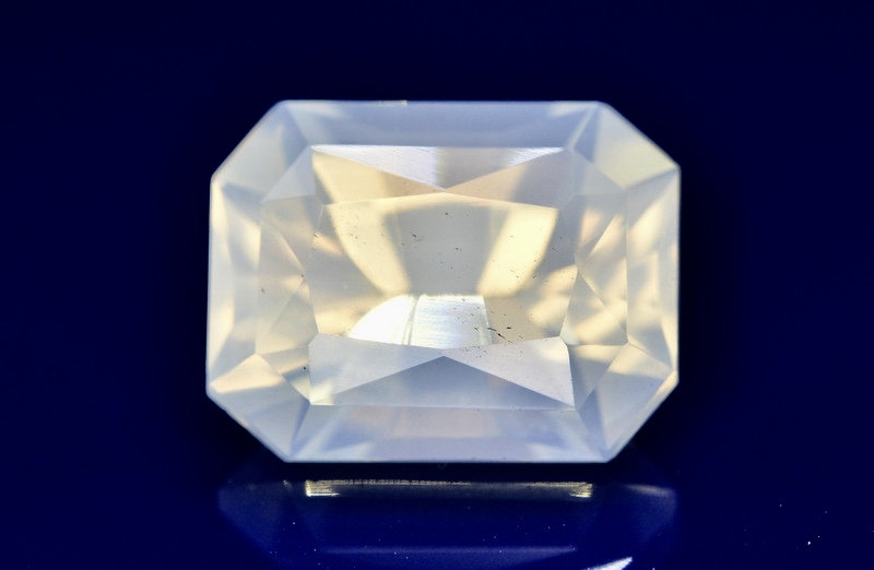 Top Quality 11.55 ct Natural Moonstone Amazing  Color ~ 1
