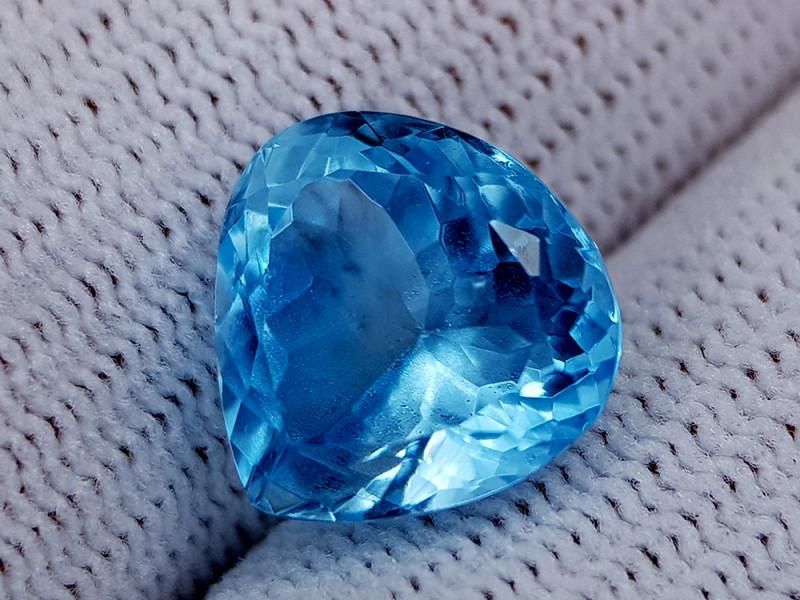 7.85CT BLUE TOPAZ BEST QUALITY GEMSTONE IIGC40