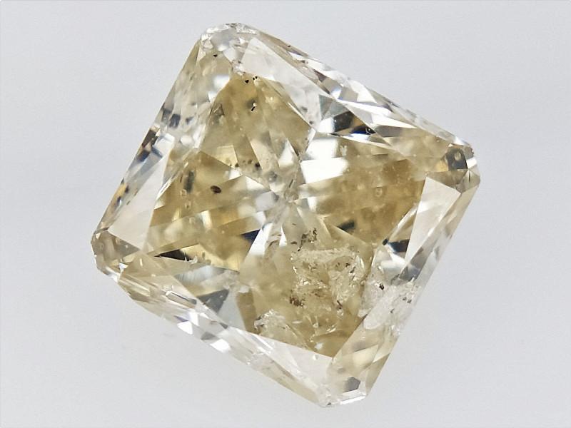 0.50 cts  , Radiant Brilliant Cut , Light Yellow Diamond