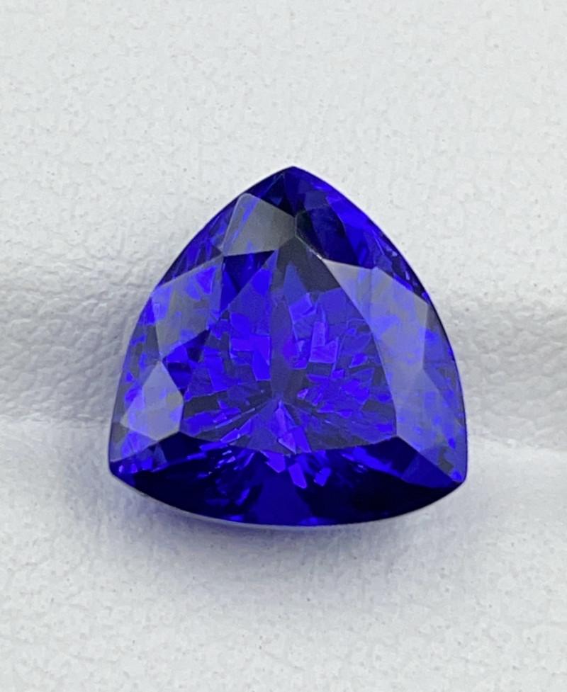 5.38 CT Tanzanite Gemstone triangle cutting top luster