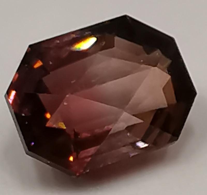 Tourmaline, 2.41ct from Brazil, AAA grade bicoloured stone unique!!!