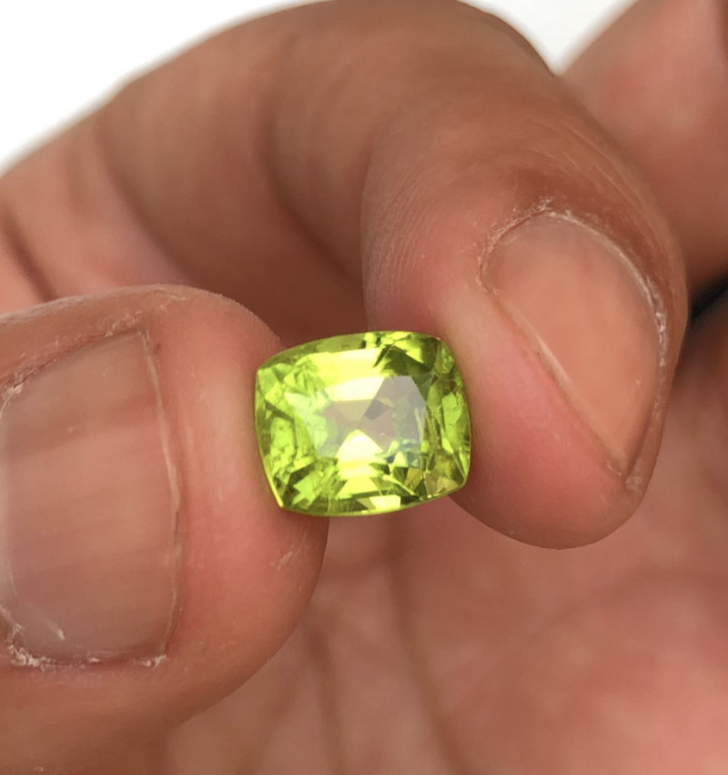 3.0 Carats Natural Peridot Cut Stone from Pakistan