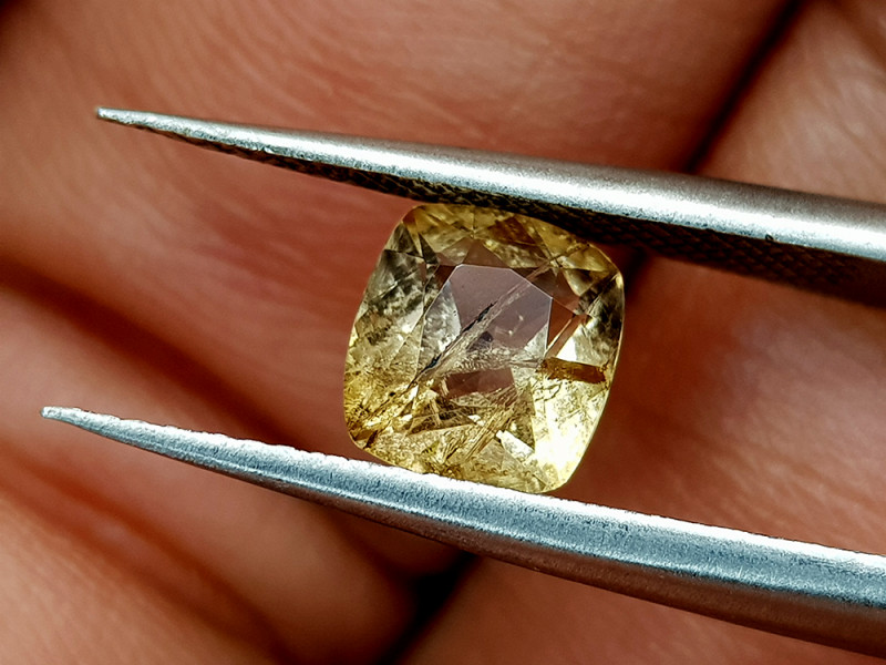 1Crt Rare Axinite Natural Gemstones JI39