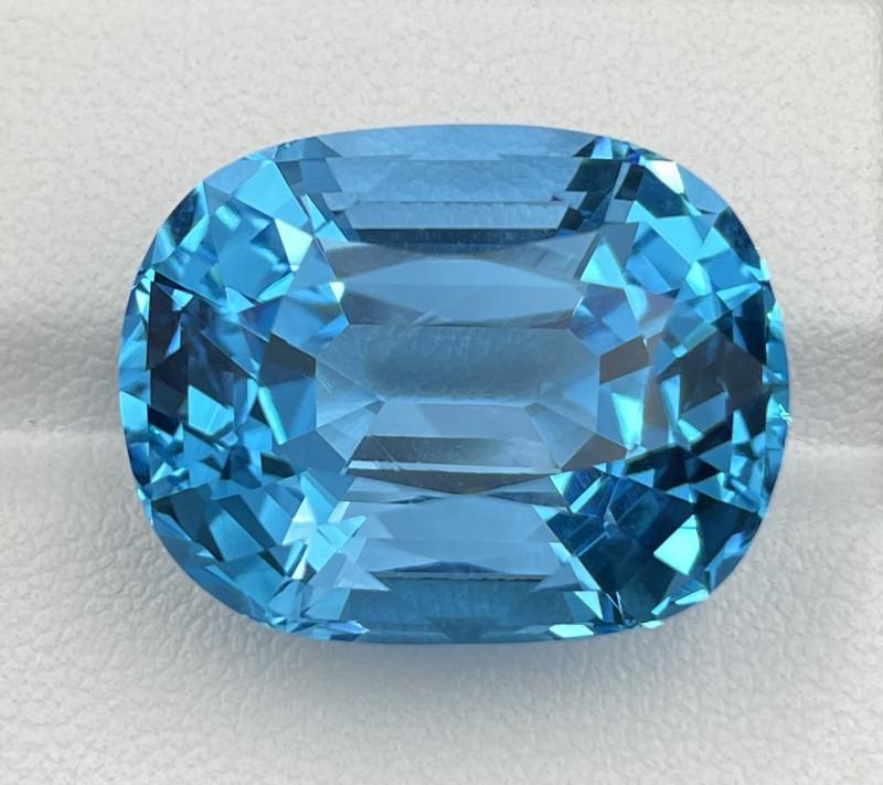 41.86 CT Topaz Gemstones top luster with fine German cutting