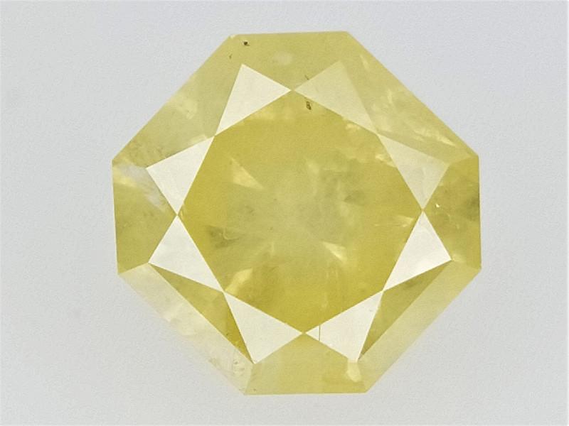 0.21 cts   , Radiant Brilliant Cut Diamond , Natural Colored Diamond