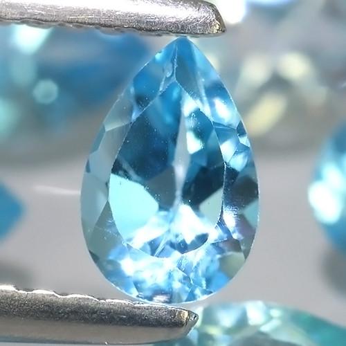 6.45 Cts Excellent  Blue Topaz Wonderful pear parcel 13 pcs
