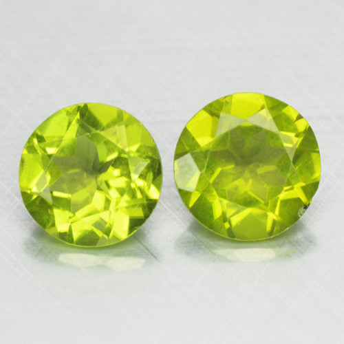 3.47 Cts Paired Green Color Natural Peridot Gemstone