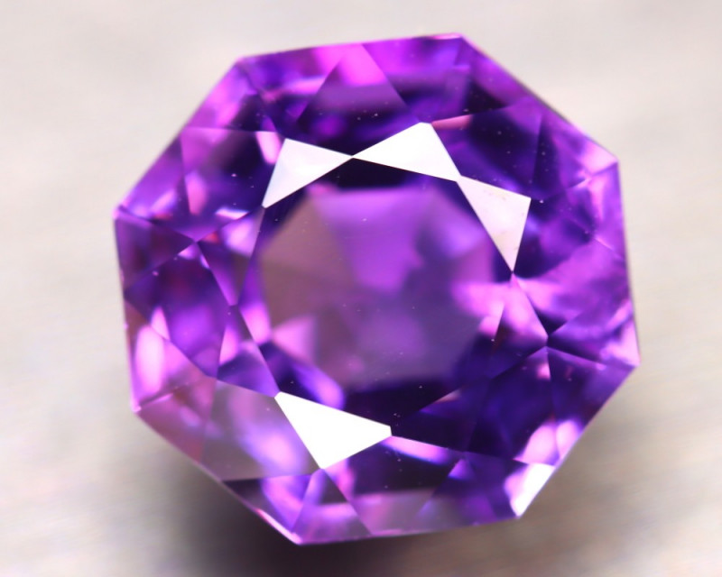 Amethyst 10.17Ct Natural Uruguay Electric Purple Amethyst D0516/C4