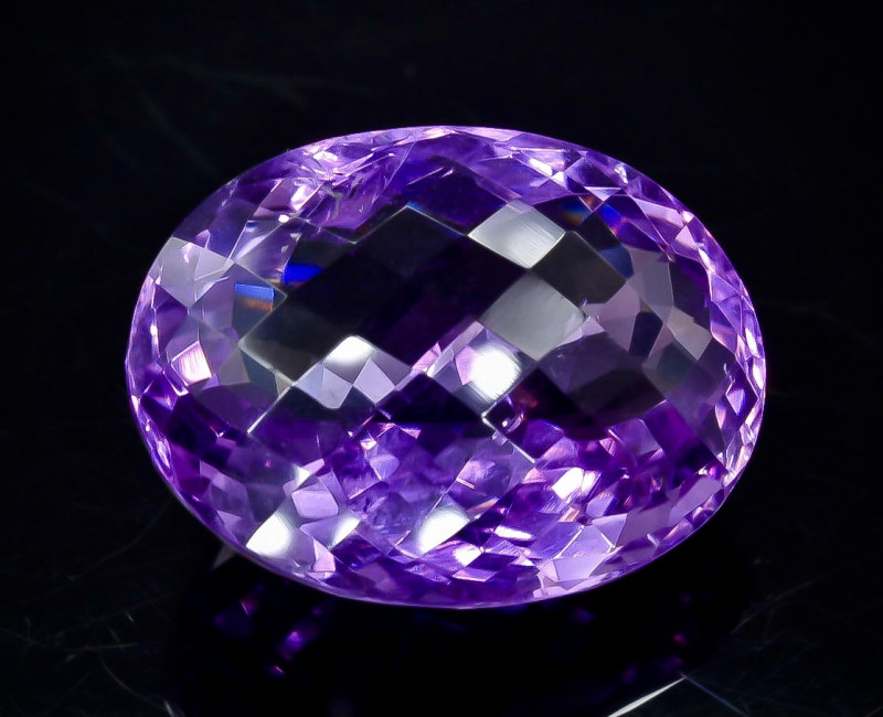32.65 Crt Natural Amethyst Faceted Gemstone.( AB 29)