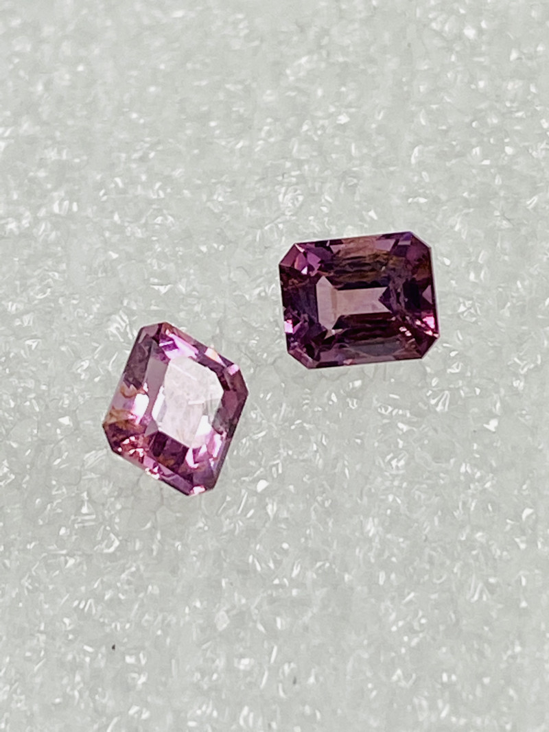 2CT - SPINEL-MaeSai pair PERFECT SIZE FOR JEWELLERY- MASTER CUT