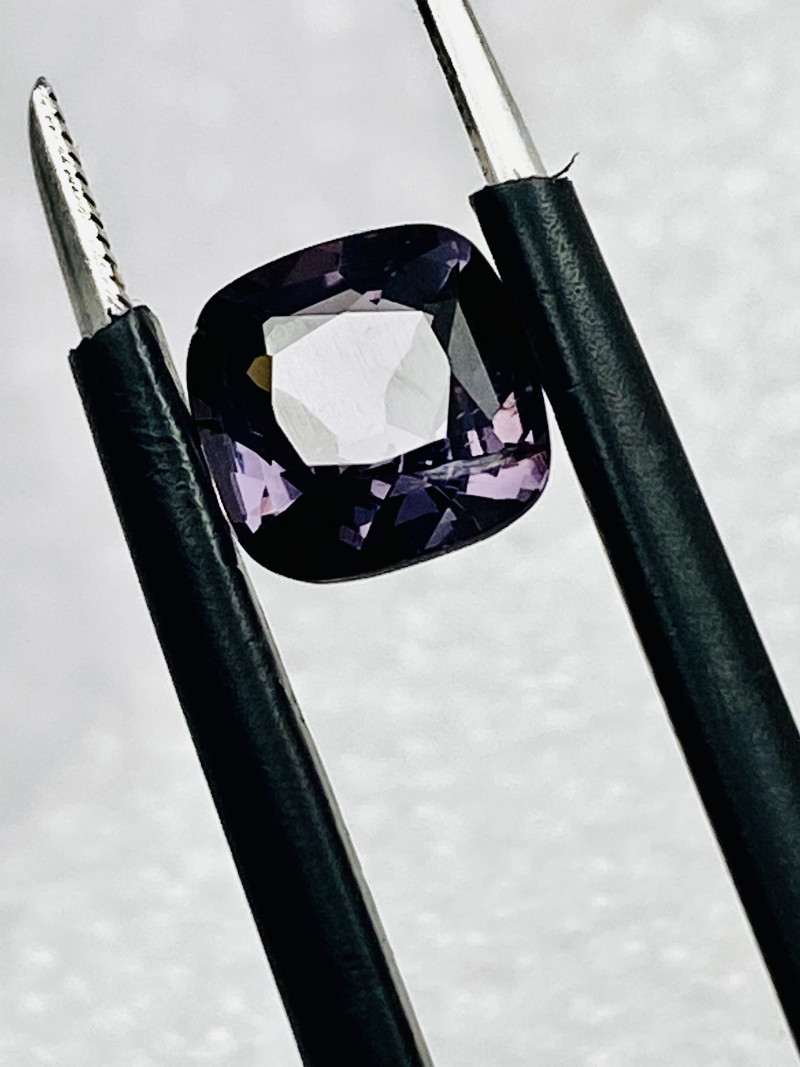 2.2CT - SPINEL-TITAN-MAE SAI - PERFECT SIZE FOR JEWELLERY- MASTER CUT