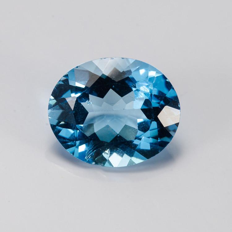 **15NR** 5.13 ct. Natural Blue Topaz