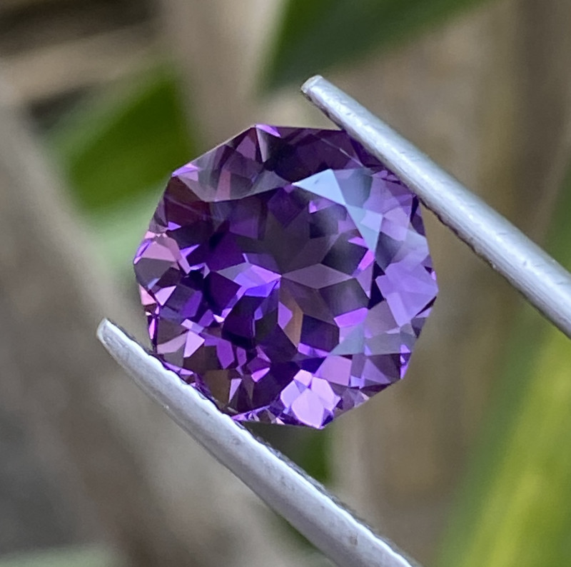 Natural Amethyst 5.08 Cts Excellent Cut Gemstone