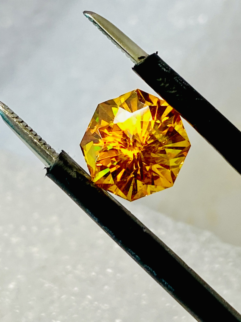 3.1 SPHALERITE- RARE- BEST GEMSTONE FOR JEWELRY BECAUSE OWNS ALL THE COLORS