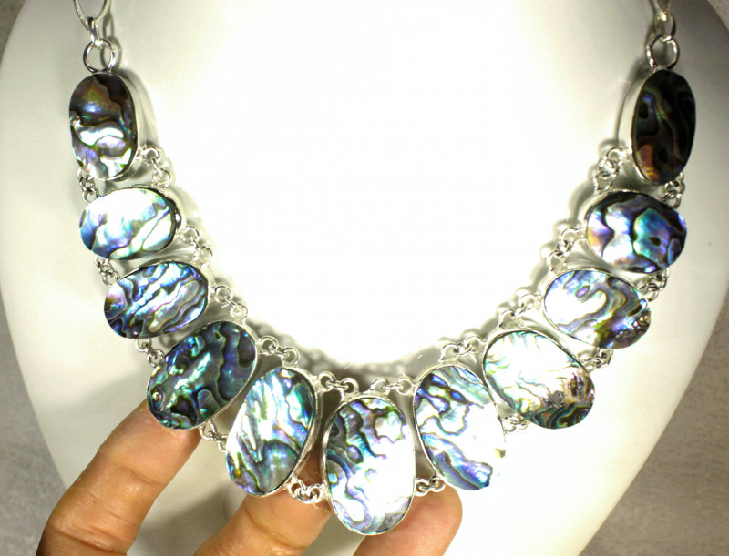 509.5 Tcw. Abalone / Sterling Silver Necklace - Gorgeous