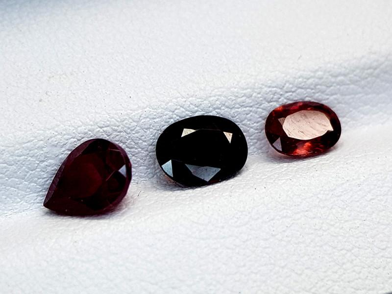 2.48Crt Garnet Lot Natural Gemstones JI52