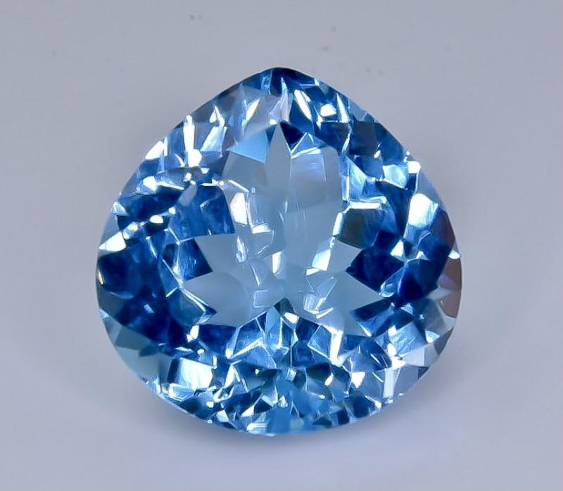 15.25 Crt Natural Topaz Faceted Gemstone.( AB 31)