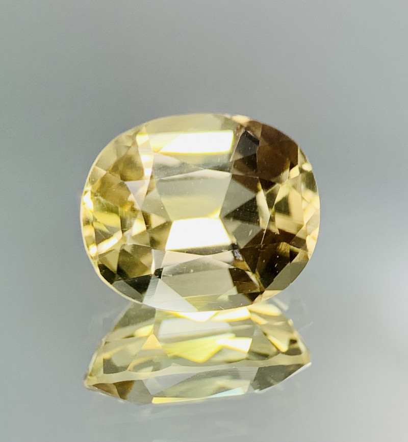 4.45 Cts Top Class Natural Scapolite gemstone