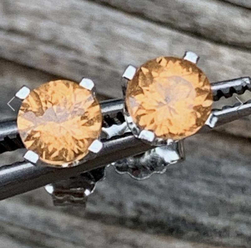 Fanta Orange Spessartine Garnet Stud Earrings 14KWG