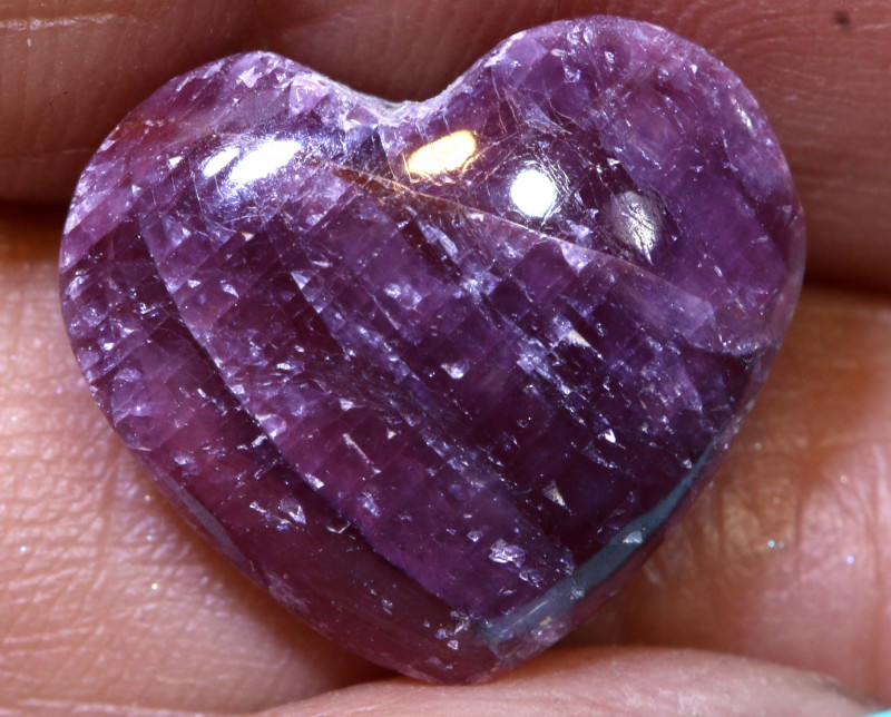 9.20 CTS RED RUBY HEART CARVING  PG-526preciousgems