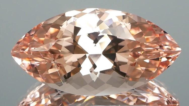 Magneficient Peach Morganite 21.80Ct DESIGNERS DREAM