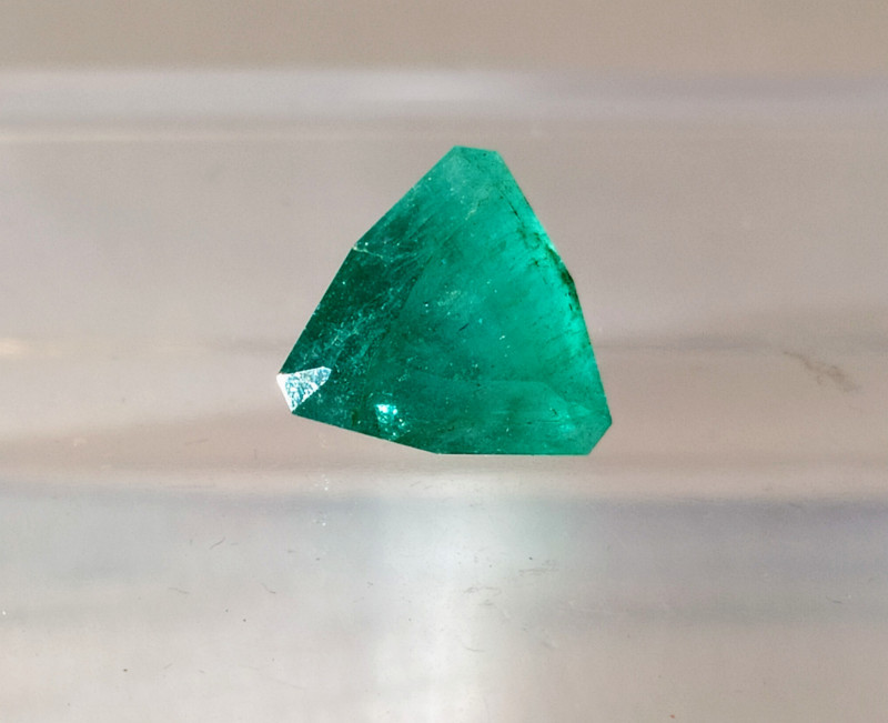 Emerald - 4.40 cts - Brazil