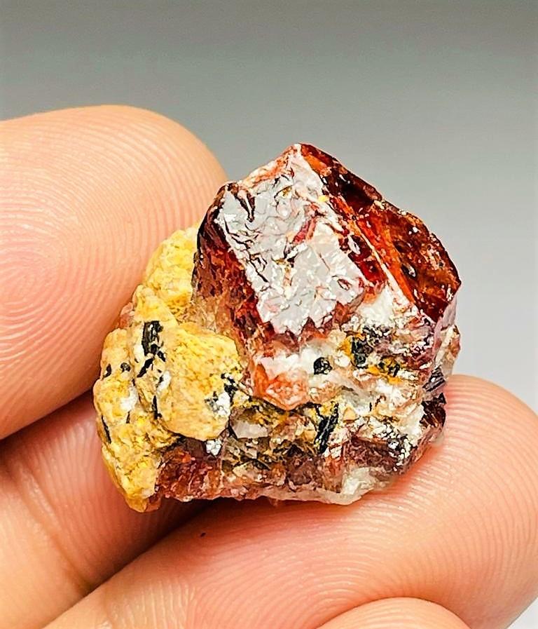 Amazing Rare Natural color Zircon Specimen have good luster 52Cts-P