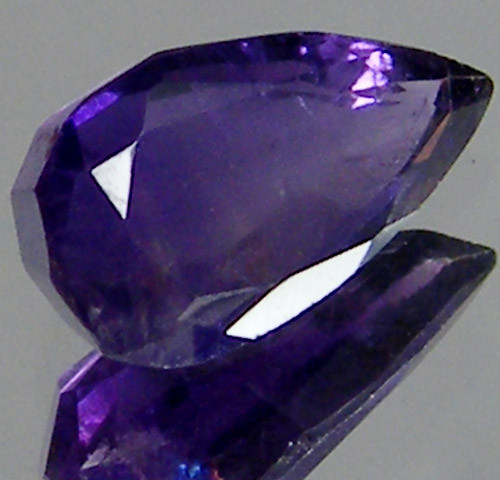 AMETHYST FACETED STONE  2.25 CTS ST 663