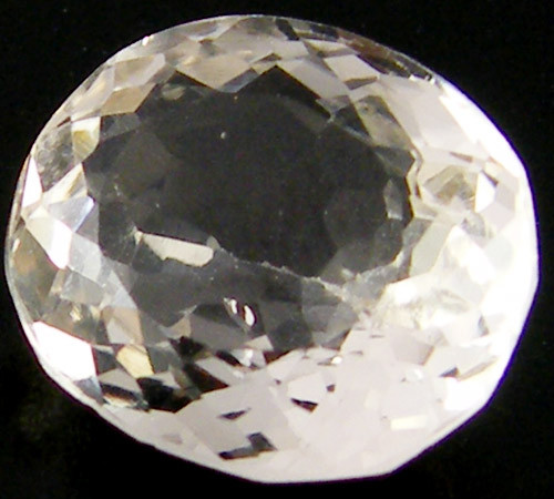 CHAMPAGNE HUE FACETED TOPAZ  6.30 CTS  ST 693