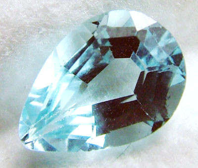 SWISS BLUE TOPAZ FACETED  IRRIDATED 2.4CTS  ADG-624