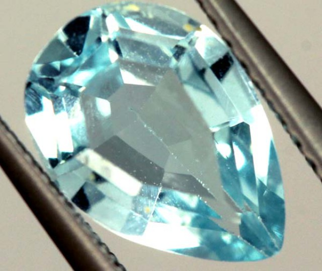 SWISS BLUE TOPAZ FACETED IRRIDATED   2.10CTS  ADG-737