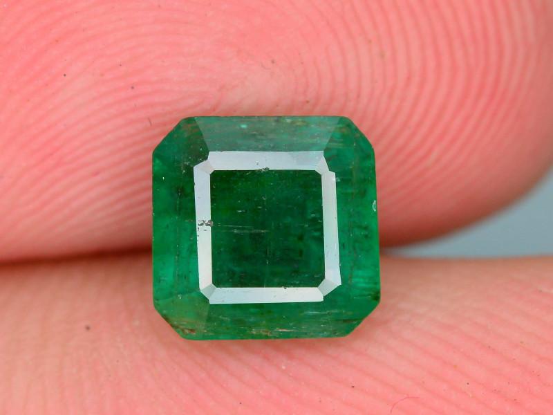 Top Quality 1.25 ct Zambian Emerald Vivid Green Color