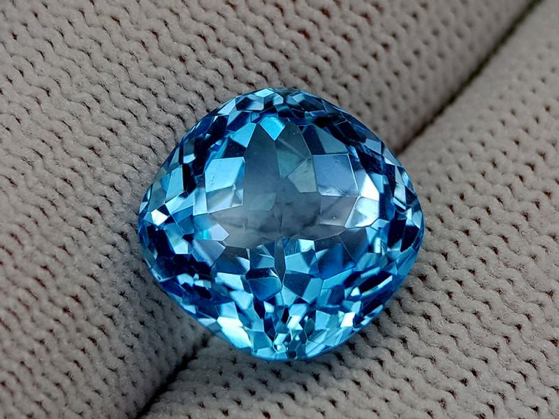 13.25CT BLUE TOPAZ BEST QUALITY GEMSTONE IIGC75