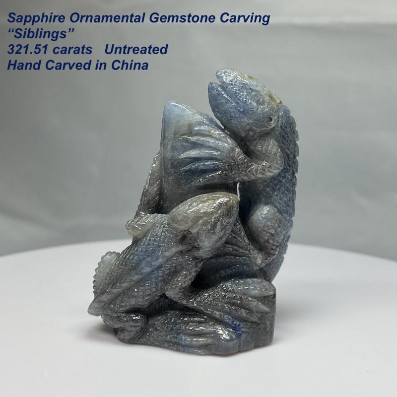 """321.51ct Bluish Purple Sapphire  - """"Siblings"""" ornamental Gemstone Carvings"""