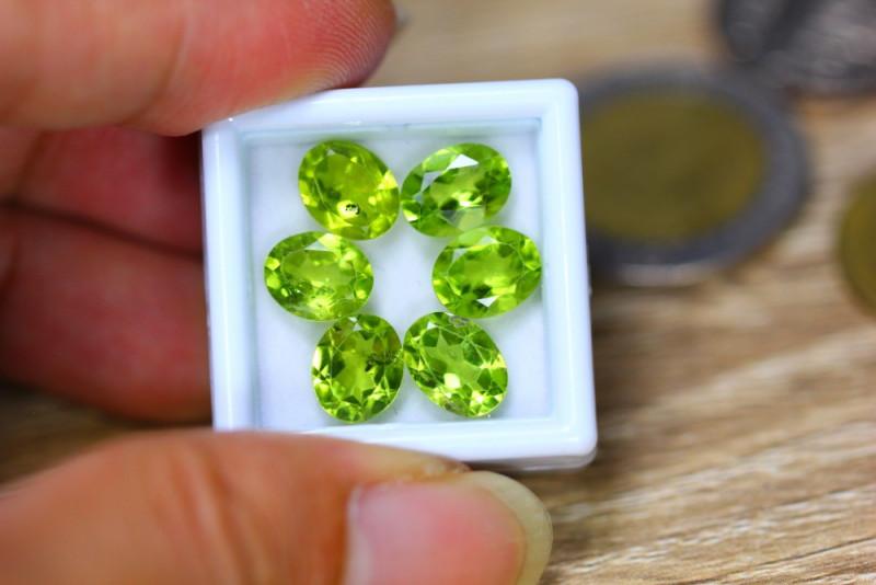 11.70ct Natural Green Peridot Oval Cut Lot V7732